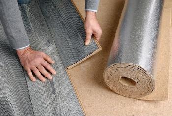 Erste ökologische Holzfaserdämmung mit Aluminiumkaschierung